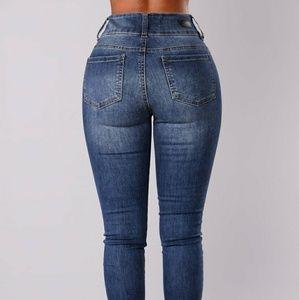 Fashion niva skinny jeans booty enhancing size 5